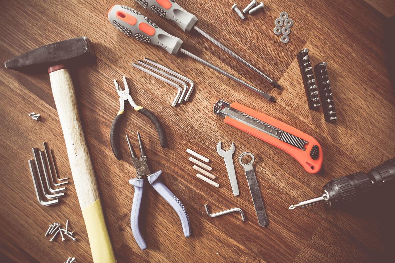 Kontenery magazynowe – czy sprawdzą się na budowie?