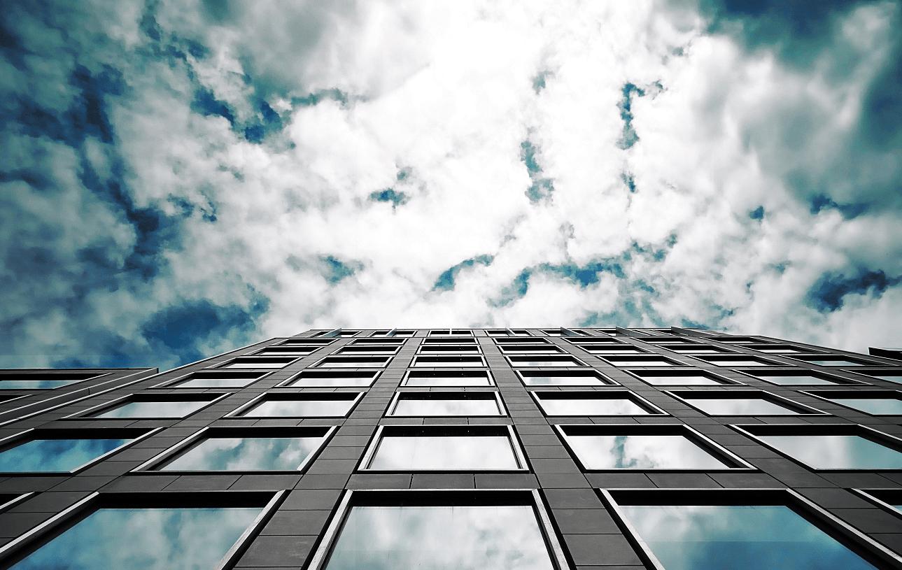 Warstwowy montaż okien – co warto o nim wiedzieć?