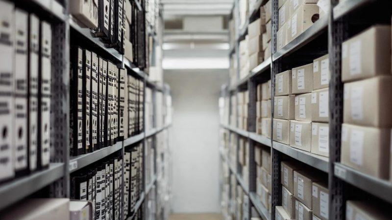 Magazyny i przechowywanie w procesie logistycznym firm