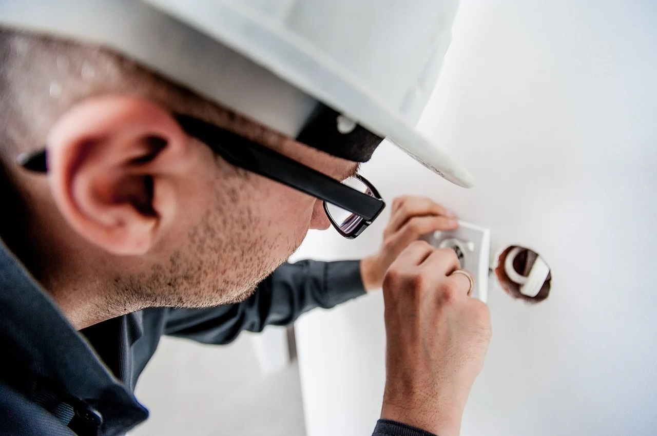 Pogotowie elektryczne – kiedy wezwać?